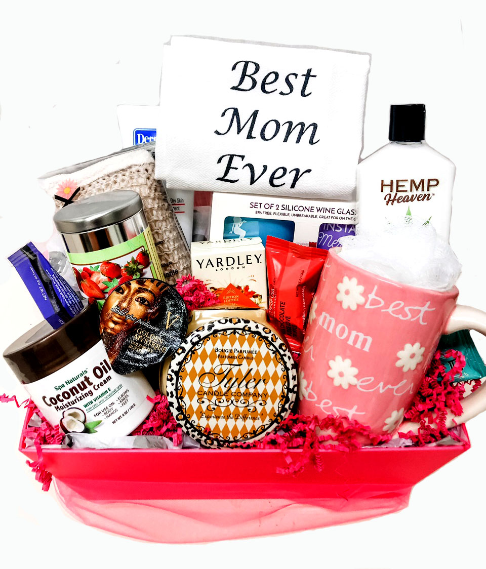 A mothers pampering gift basket